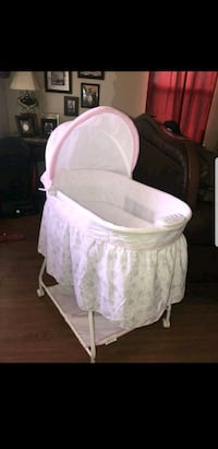baby's white and pink bassinet Edinburg