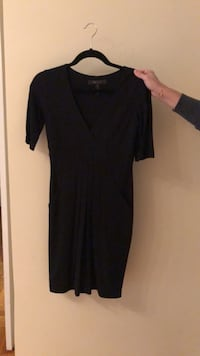 Black scoop neck long sleeve dress New York, 10075