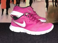 Good used condition Nikes. Size 6 youth/7.5 women's Windsor, N8Y 2P4