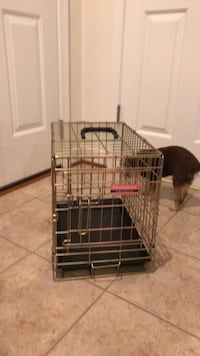 Nice gold Animal Crate with handle & removable Tray Gainesville, 20155