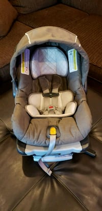 gray and silver convertible infant car seat Abilene, 79606