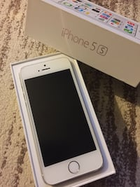 Iphone 5S unlocked Pointe-Claire, H9R 1H3