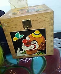 Clown pop up box