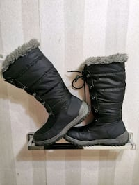Cougar Winter Boots For Women Size 10/10.5 Toronto, M1R 2V6