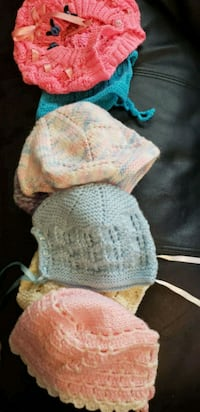 Crocheted baby beanies bag full Las Cruces, 88007