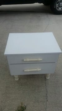 End table, night stand Yulee