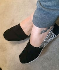 Flat shoes Mississauga, L4Z 1H7