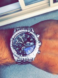 BREITLING CHRONOMAT EVOLUTION 44 STAINLESS STEEL A13356 WITH BOX AND PAPERS                 5 1/2 karats in diamond Abbotsford, V2S 0C1