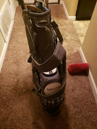 Brand new tight lies bag with used clubs