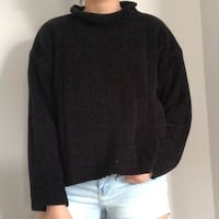 BLACK CHENILLE RIBBED TURTLENECK SWEATER SIZE M Kitchener, N2K 0B2