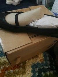black leather flats with box Independence, 64050