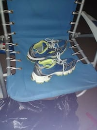 blue and white and green tennis shoes Pullman, 99163