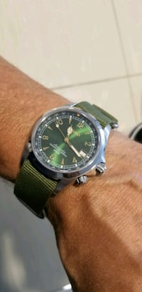 SEIKO ALPINIST AUTOMATIC. MADE IN JAPAN. MINT Toronto, M8Y 3M3