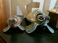 brown and gray turtle figurines