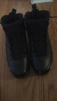 pair of black leather boots Lansing, 48911