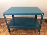 IKEA rolling coffee table - $25 Toronto, M4V 1Z8