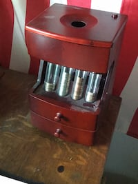 Battery operated coin sorter