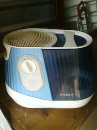 white and blue Vicks humidifier Porterville, 93257