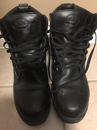 Pair of black state leather work boots Surrey, V3T 3L2