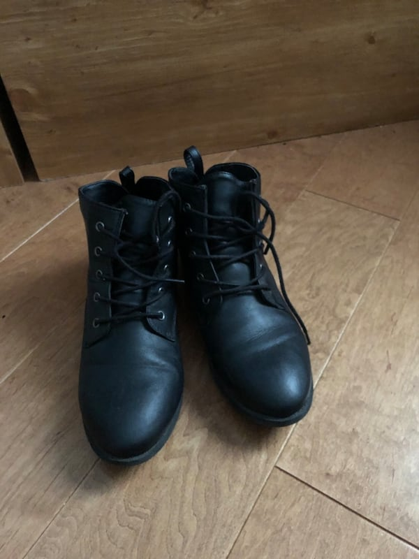 boots 3078bc28-11ff-4a61-9802-58abae19445c