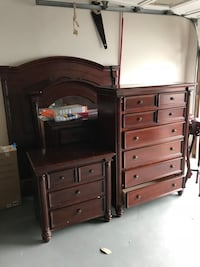 Bed set for sale - queen/full size - solid wood Woodbridge, 22193