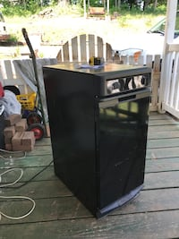 Trash compactor 15w x25dx34h  Knoxville, 37920