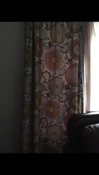 2 panel curtains, plus 2 center panel curtains  Chicago, 60636