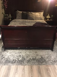 Queen size bed and frame NO matress Toronto, M9V 1T6