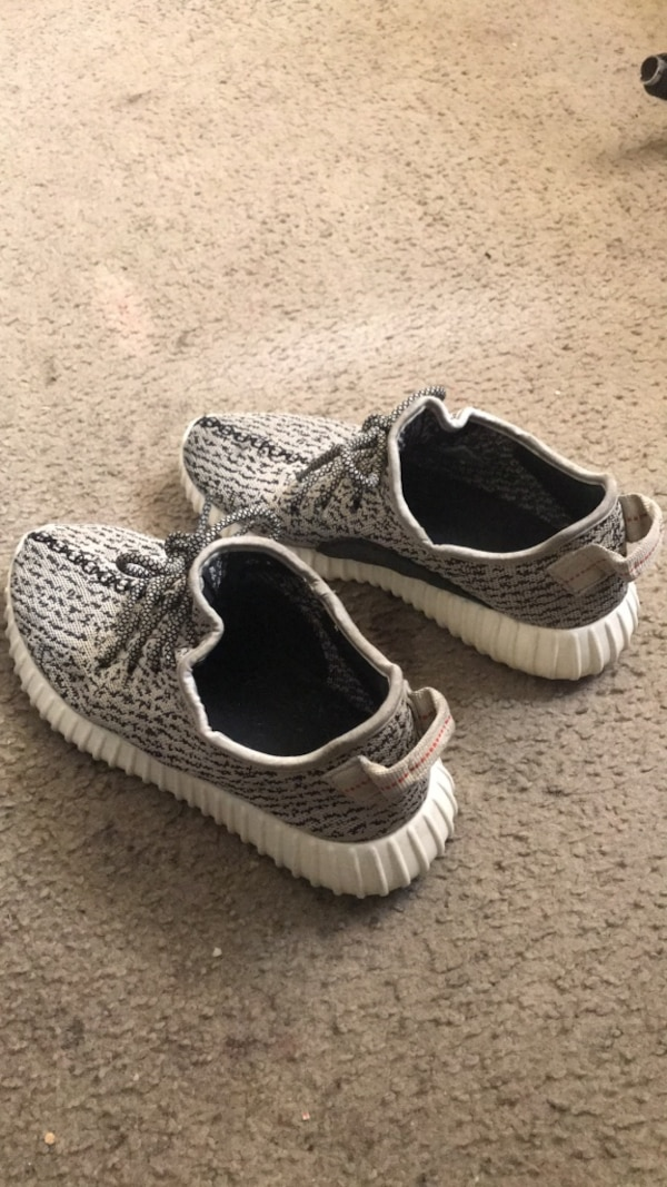8c4748cbd Used Pair of gray adidas yeezy boost turtle doves size 10 for sale in La  Place - letgo