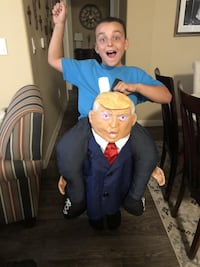 Donald Trump Piggyback costume Las Vegas, 89135