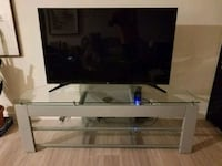 TV stand Centreville, 20120