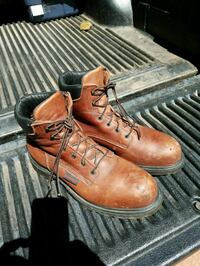 pair of brown leather work boots Vienna, 22182