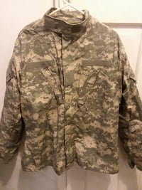 brown and green Army digital camouflage jacket Fleetwood, 19522