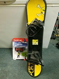 Big fraction 80/8  kids snowboard  new and bolle junior google new London, N5V 4W2