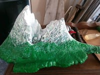 green and white stone fragment Price, 84501
