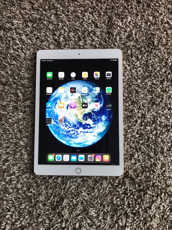 I pad 7th generation brand new 32gb 4b1cd38f-d877-441a-b163-3318ac1fed94