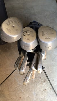 Spaulding Golf Clubs Set w/Bag.