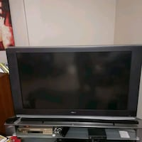 Broken TV. Turns on. Discolored image. Free!  Vaughan, L4K 2E4