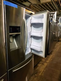 French doors fridge in excellent conditions  Baltimore, 21223