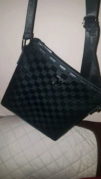 black and brown leather Louis Vuitton tote bag Toronto, M6J