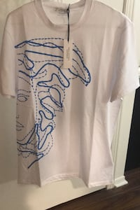 Versace tshirt Richmond Hill, L4C 5C1