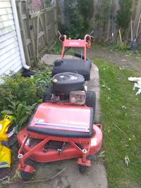red and black ride on mower Gurnee, 60031