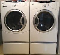 White front-load clothes washer and dryer set Ottawa, K1K 0S1