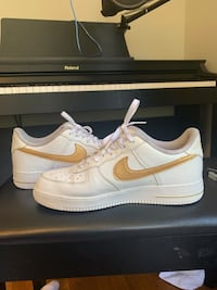 Nike Custom Air Force 1s - White and Gold Men's 11.5