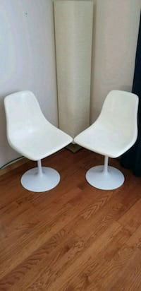 Tulip Chairs by Burke Mississauga, L5B 2Y6