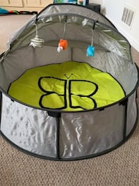 Travel and play tent  Brampton, L6Y 4S1