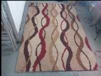 "-Item:Très grand Tapis bariolé ""Slinky"" 63""×90"" carpet great condition comme  Montréal, H4L 3C3"