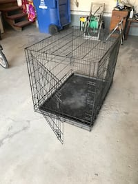 Large dog crate East St. Paul, R2E 0G3