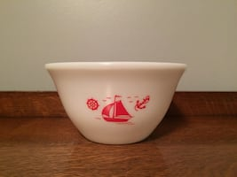 McKee Glass Sailboat Bowl