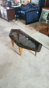 glass top coffee table  Brampton, L6X